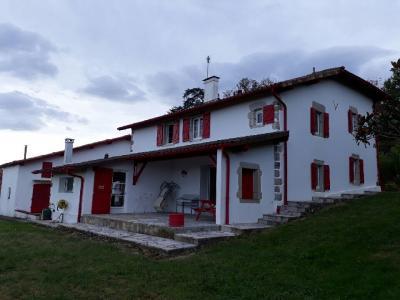 Au Pays basque belle ferme restaurée