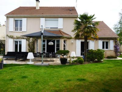 Maison GRESSY EN FRANCE