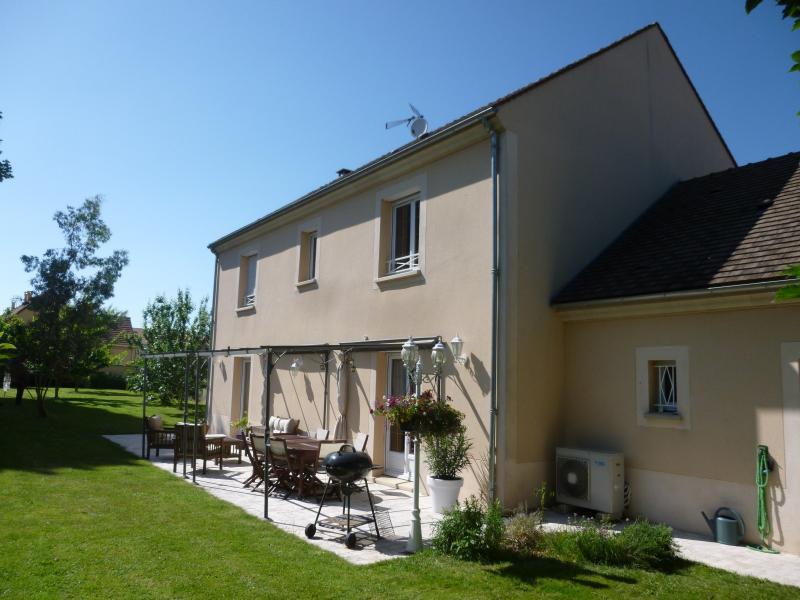 Vente habitation de prestige charny 77410 180m avec 7 for Garage du tremblay champigny sur marne