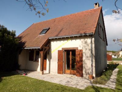 PAVILLON TRADITIONNEL / 4800 M ² TERRAIN