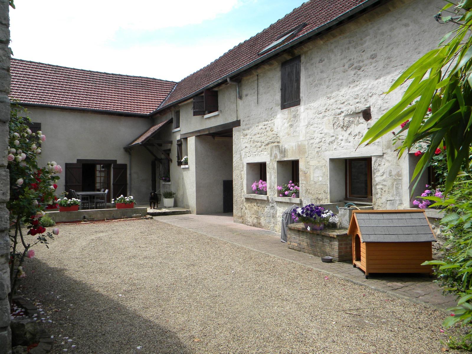 Vente maison ancienne laigneville 60290 180m avec 7 for Valeur maison ancienne
