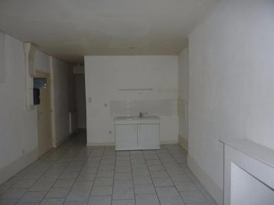 immeuble avec 3 appartements loués.