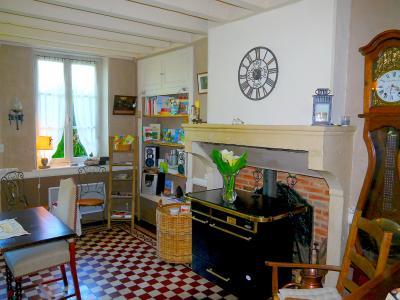 Vue: Salle à manger - vue 2, 3 km St Loup G - Belle demeure du XIXe siècle - 220 m² de surface habitable - 10 pièces - 6 chambres