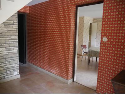 Verdun-sur-le-Doubs - Pavillon sur sous-sol - environ 120 m² - 2 chambres - terrain 1625 m²