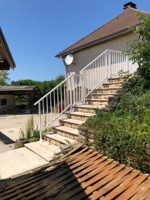 Maison en partie rénovée à Verdun sur le Doubs-150 m²-3 chambres-3 WC-1 salle de bain-2 salles d