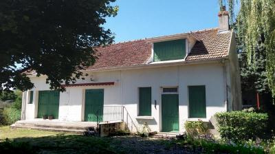 Maison rénovée située à 8 min de Seurre et de Verdun S/D