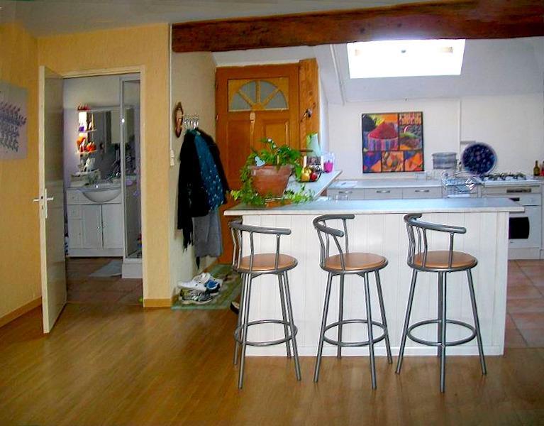 Appartement à VERDUN S/D-80 m²-4 pièces-3 chambres-doubles vitrages-chauffage central gaz.