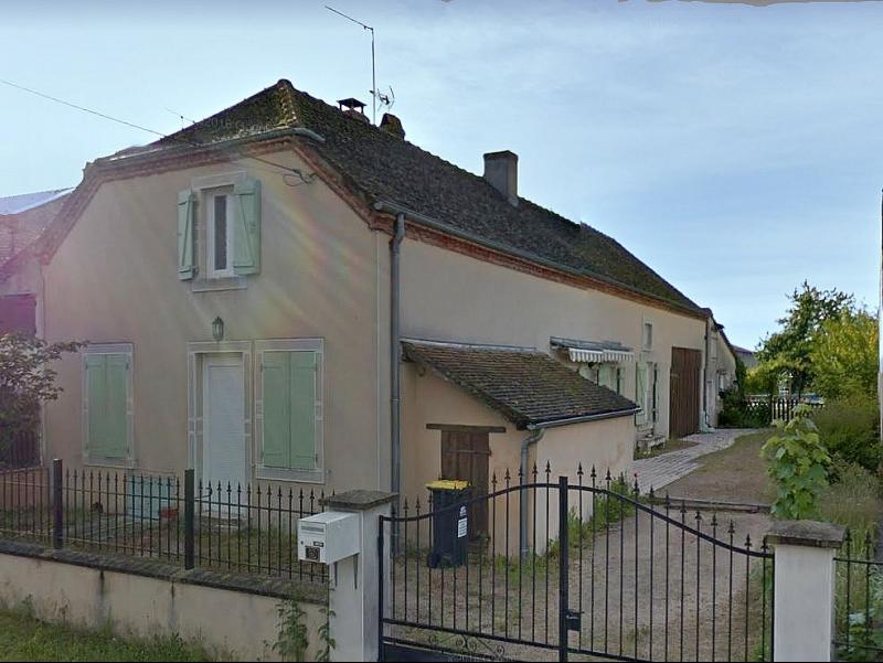 Maison à CHARNAY LES CHALON - 2 Chambres - piscine - terrain de 927 m²
