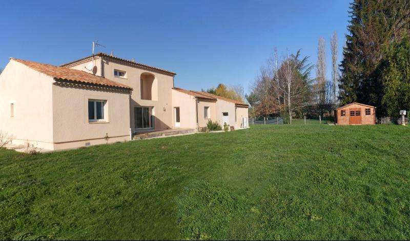 Allerey sur Saône - Mas provençal en terres Bourguignonnes