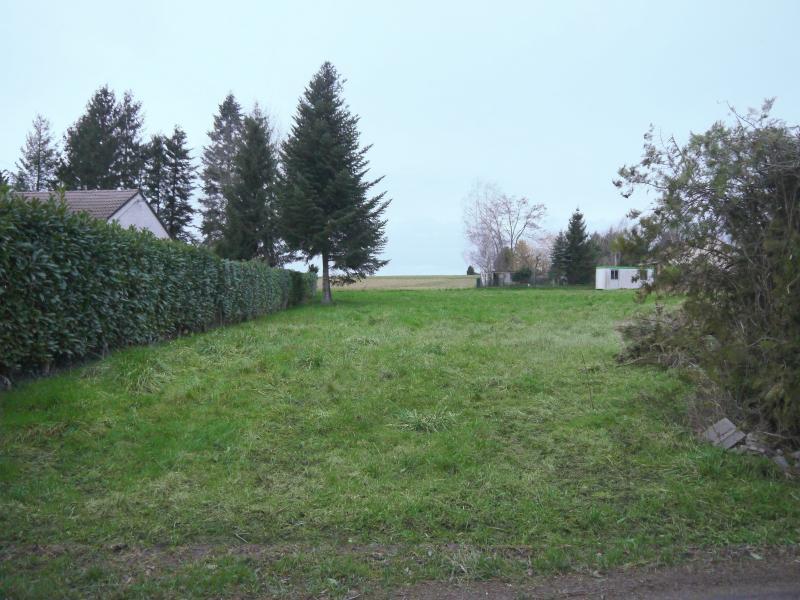 Bragny-sur-Saône - A moins de 23 ?/m² - Beau terrain plat de 1974 m² dans secteur calme