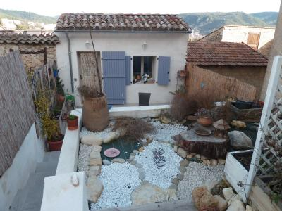 Maison de village avec extérieur T2 GREOUX LES BAINS