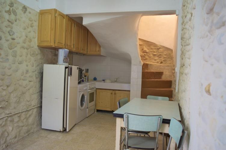 Riez - Maison de village rénovée - T4 de 61 m2 RIEZ