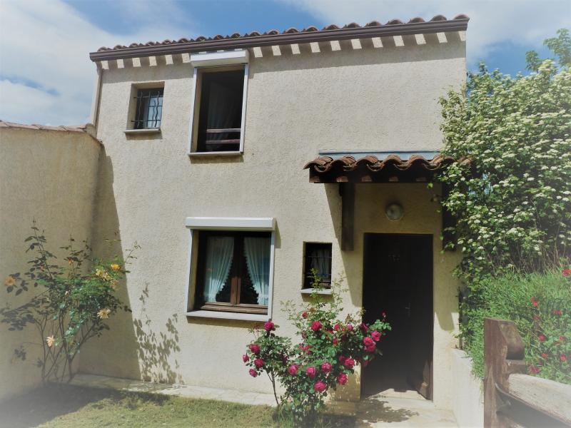 Villa 3 pièces 250m² de terrain GREOUX LES BAINS GREOUX LES BAINS