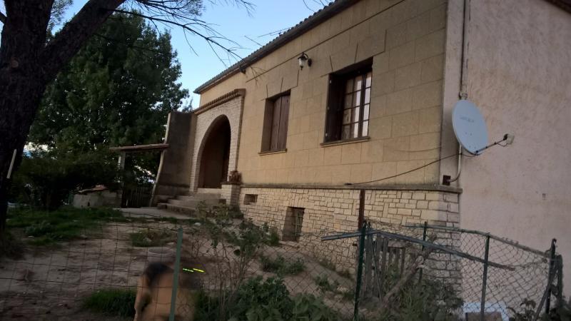 maison traditionnelle sur Rians de 123 m2 plus un t3 ,et un t2, sur un terrain de 2500 m2 RIANS