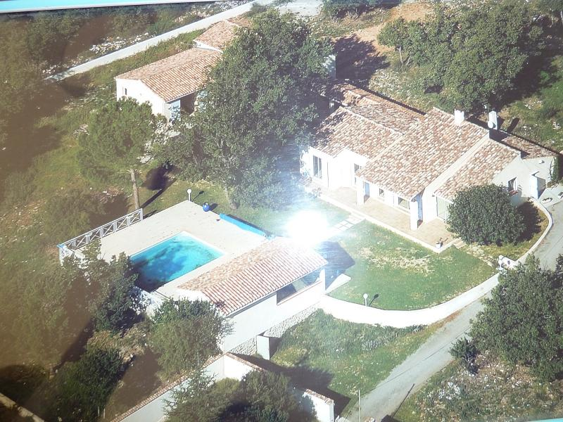Villa 6 pièces 10 000m² de terrain GINASSERVIS GINASSERVIS