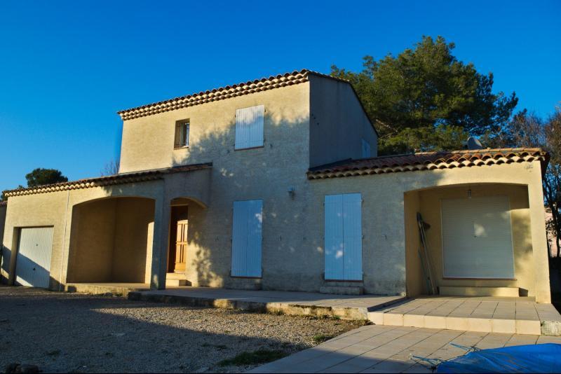Saint Julien - Villa T4 - Piscine - Garage ST JULIEN