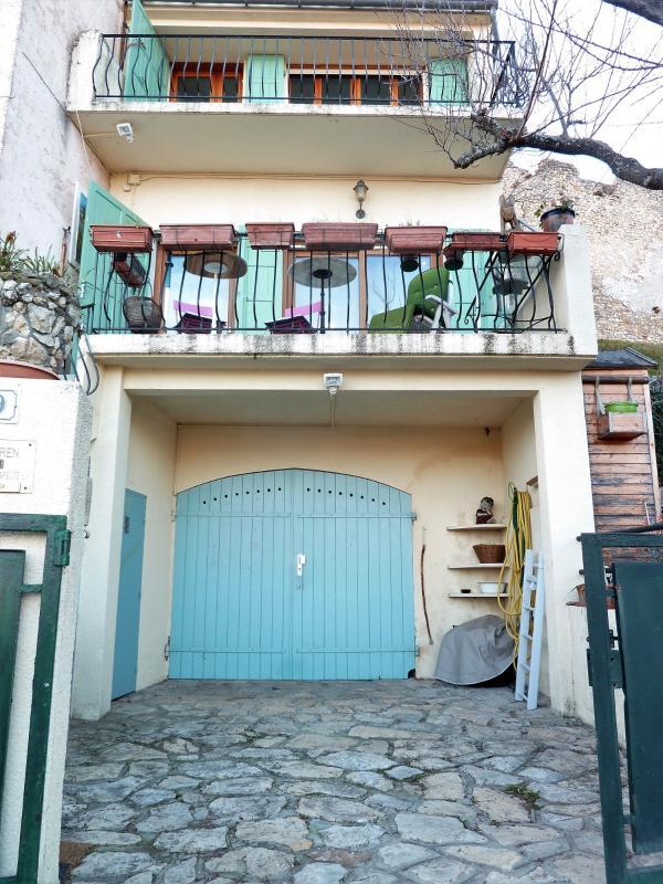 Maison de village avec extérieur garage T2 GREOUX LES BAINS GREOUX LES BAINS
