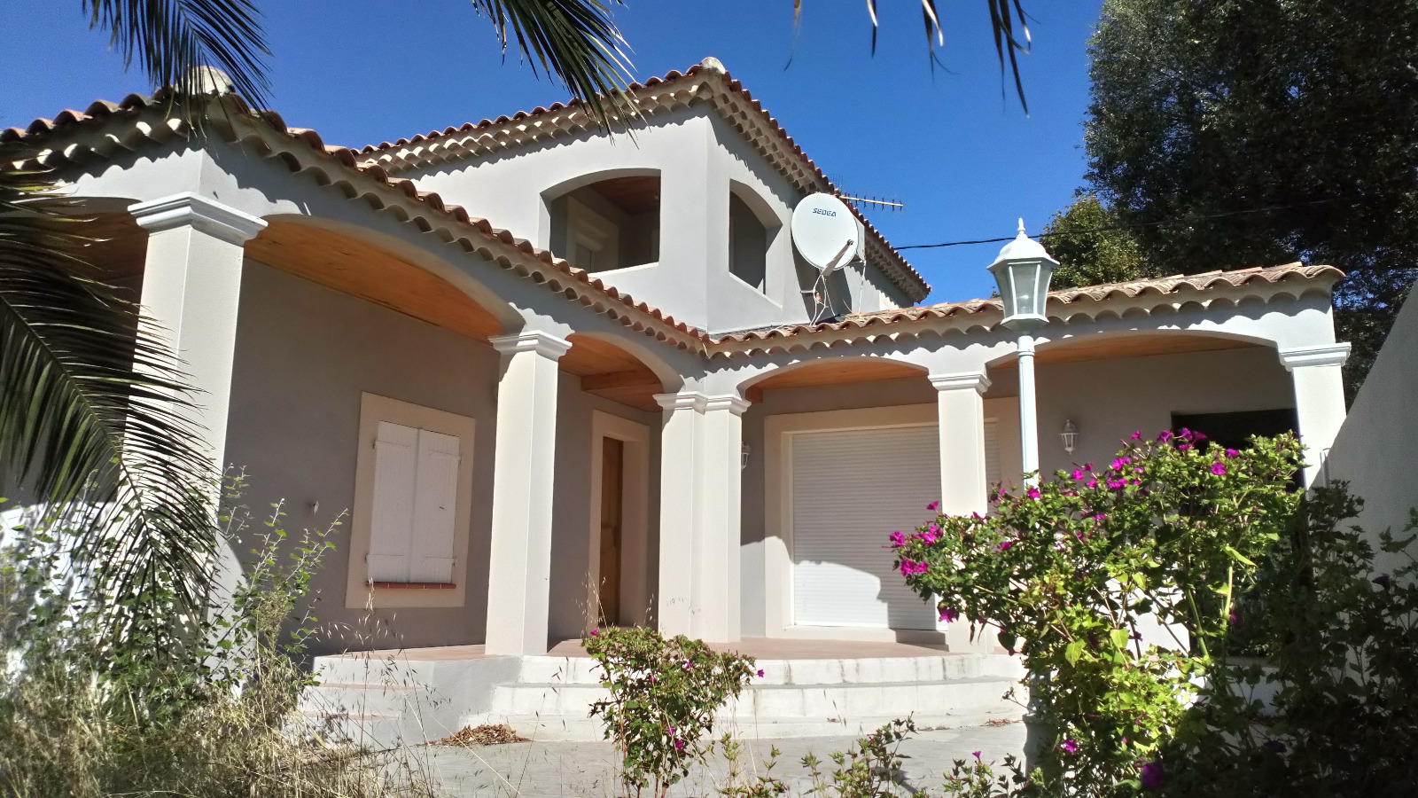 Vente villa traditionnelle vedene 84270 150m avec 4 for Vente maison par agence immobiliere