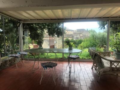 Villa meublée 5 pièces avec jardin arboré