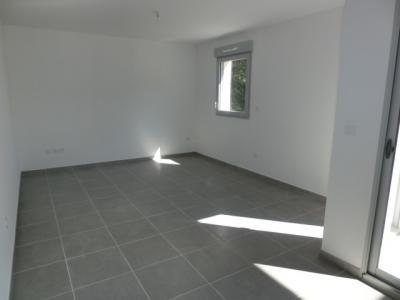 Appartement T3 avec terrasse dans résidence fermée