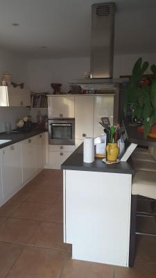Barbentane, maison de 170 m² avec 3 chambres de plain pied