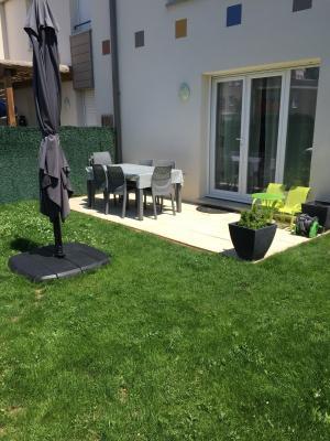 Vue: jardin, VILLA T3 avec jardin à Montfavet