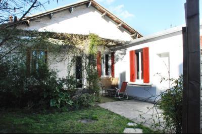 Vue: facade en hiver , MAISON T4 + STUDIO sur JARDIN DE 538 M²