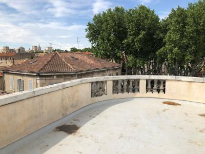 Vue: terrasse panoramique en co-propri�t�, APPARTEMENT ART-DECO, AVIGNON INTRA-MUROS T3, TERRASSE et CAVE