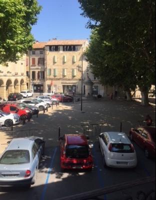 A louer maison de maison de village R+3 de 123m3 à Roquemaure