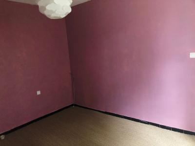 AVIGNON - GRANDE MAISON dotée de nombreuses dépendances . Terrain 560 m²