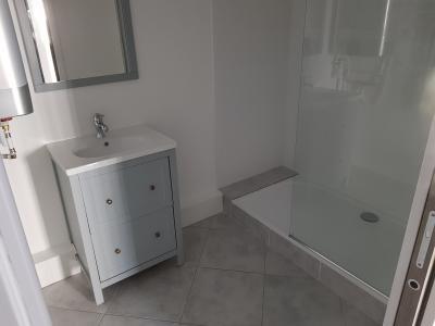 Intra Muros Ouest -Bel appartement T2 refait à neuf