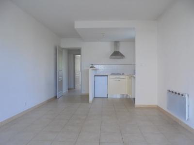 Appartement T2 avec terrasse et parking