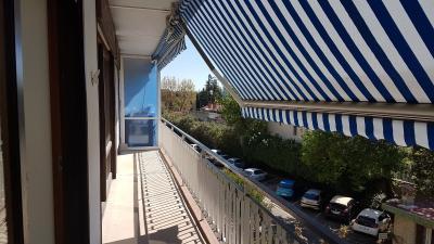 Vue: Balcon, A LOUER T3 EXTRA-MUROS