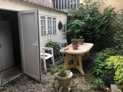 Vue: DEPENDANCE, AVIGNON - ST RUF - MAISON ART-DECO avec Jardinet/cour intérieur