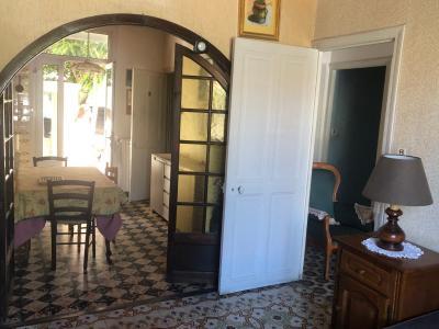 Vue: VUE SUR CUISINE ET JARDINET, AVIGNON - ST RUF - MAISON ART-DECO avec Jardinet/cour intérieur