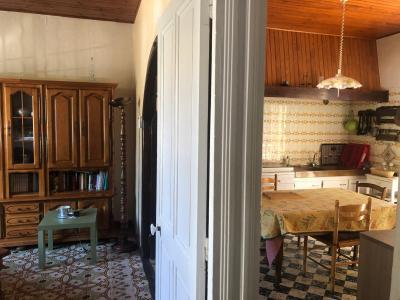 Vue: SALON ET CUISINE, AVIGNON - ST RUF - MAISON ART-DECO avec Jardinet/cour intérieur