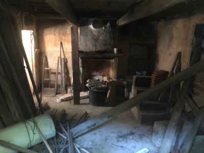 VAISON-LA-ROMAINE maison de ville  A RENOVER