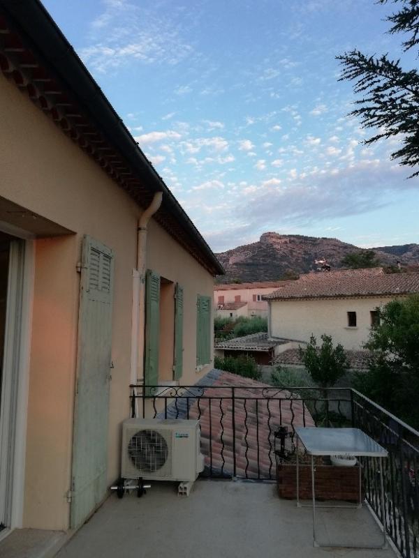 Appartement T4 avec terrasse et clim.