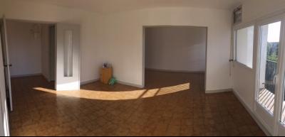 Appartement 4 pièces et place de parking