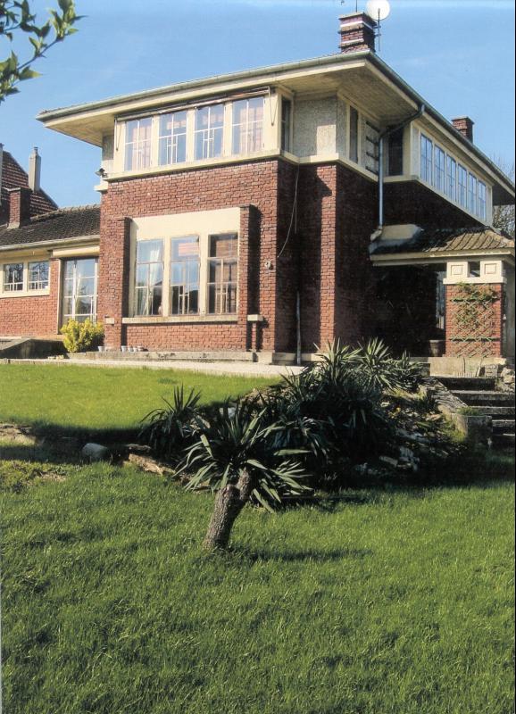 maison melun immobilier melun avec l 39 agence immobili re era v p i immobilier. Black Bedroom Furniture Sets. Home Design Ideas