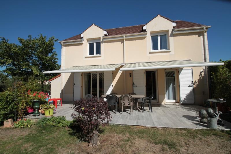 Vente Maison individuelle de 5 pièces située dans le Bourg de Savigny-le-Temple.