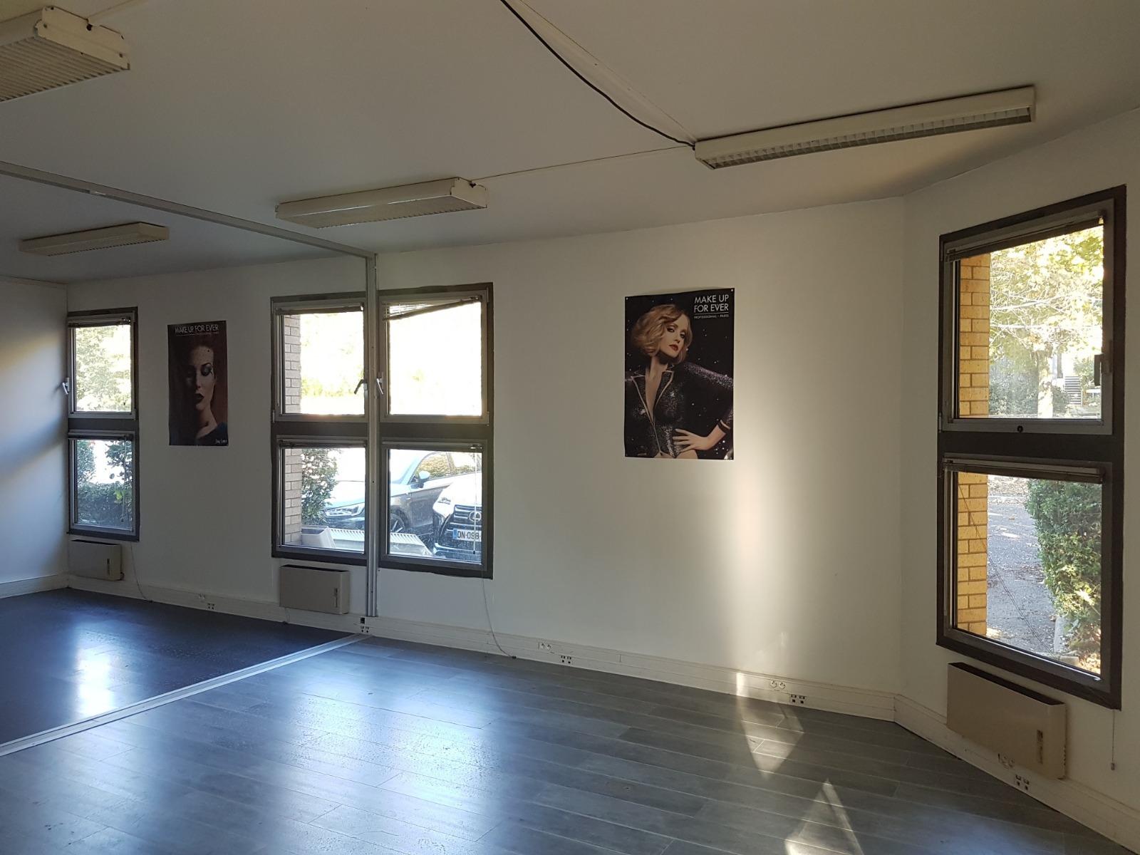 Location magnifique bureau 45m² refait neuf standing torcy