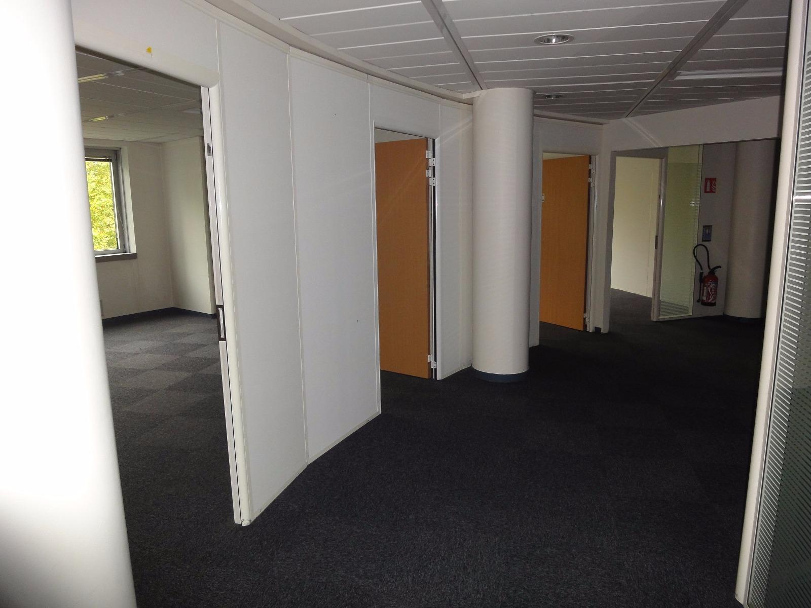 location bureau pas cher paris nord 2 investisseur immobilier. Black Bedroom Furniture Sets. Home Design Ideas
