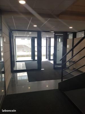 BUREAU 71 m² à 950 HT HC / MOIS -BRY SUR MARNE