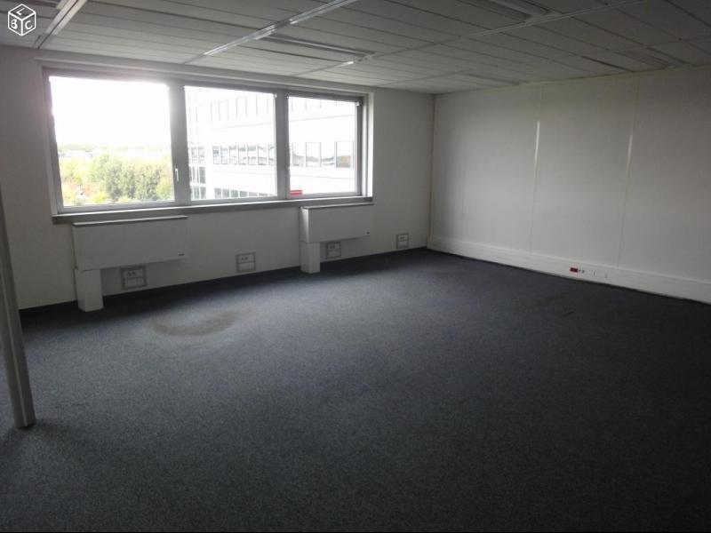 BUREAU 21 m²- 170€ HT/HC/MOIS- 1 MOIS OFFERT