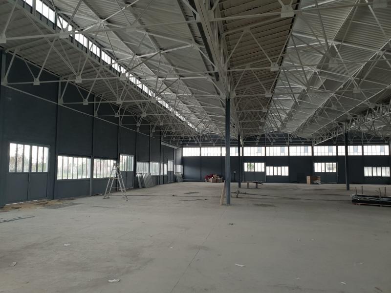 ENTREPÔT A PARTIR DE 240 m² REFAIT NEUF