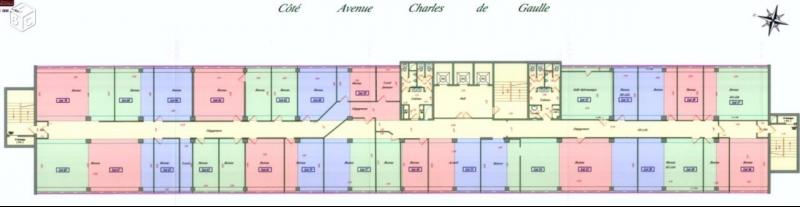 CENTRE D'AFFAIRES BOISSY SAINT LEGER 885m² A 670€/m² RENTA 12%