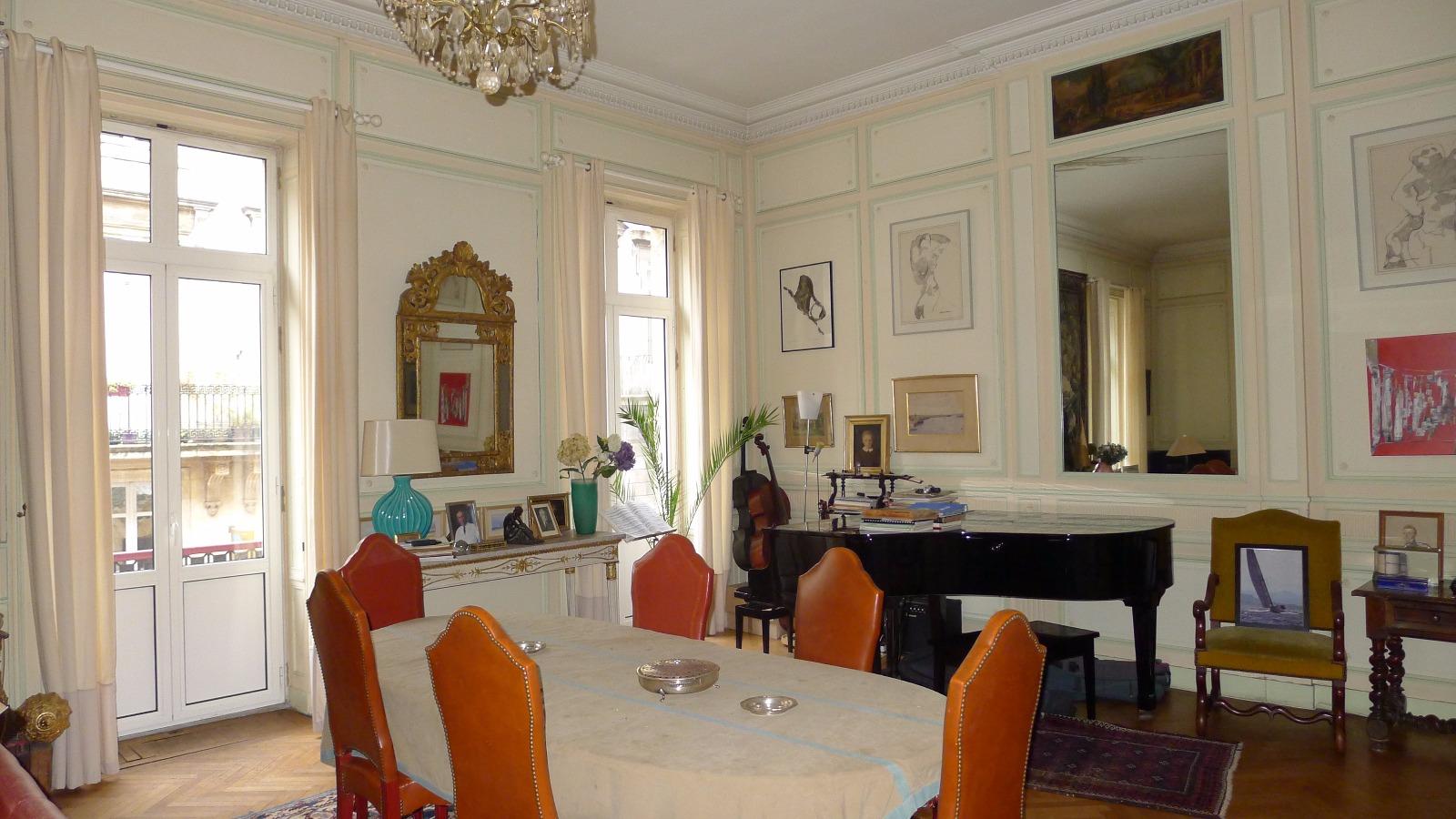 Achat appartement bordeaux place des quinconces hb for Bordeaux appartement achat