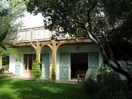 Belle villa avec jardin arboré à 500m de l'océan CAP FERRET, HB Immobilier, Agence Immobilière dans le Bassin d'Arcachon