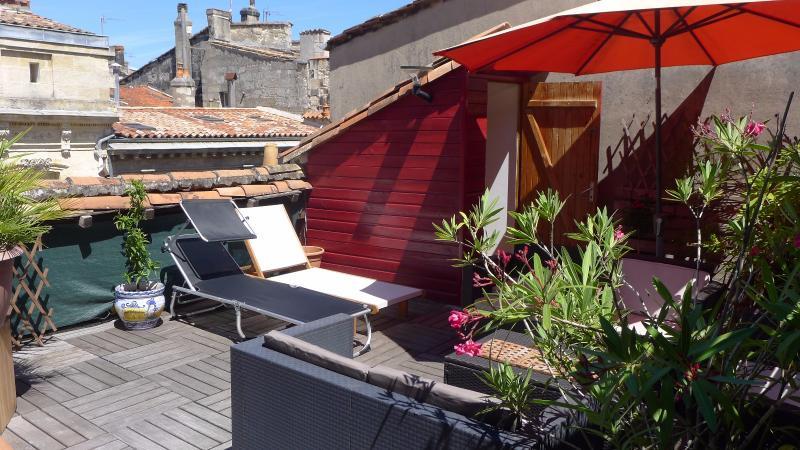 Terrasse et garage au coeur des Chartrons BORDEAUX, HB Immobilier, Agence Immobilière dans le Bassin d'Arcachon